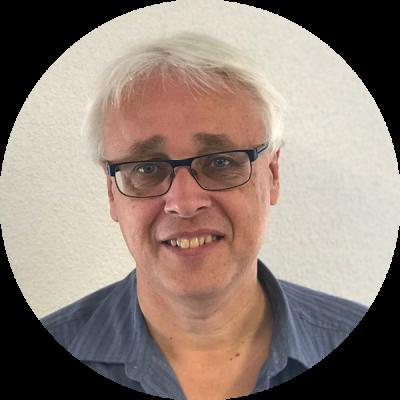 Dr. Patrick van Schie
